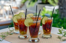 The Cuba Libre, a drink made with Coca-Cola and Cuban Rumj